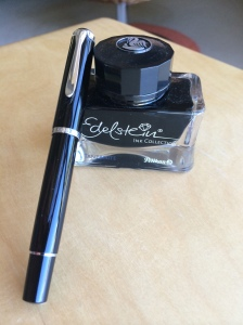 M205_ink_bottle_pen_better